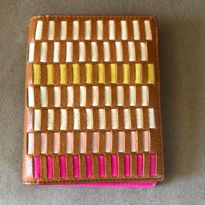 Fossil passport holder NWT